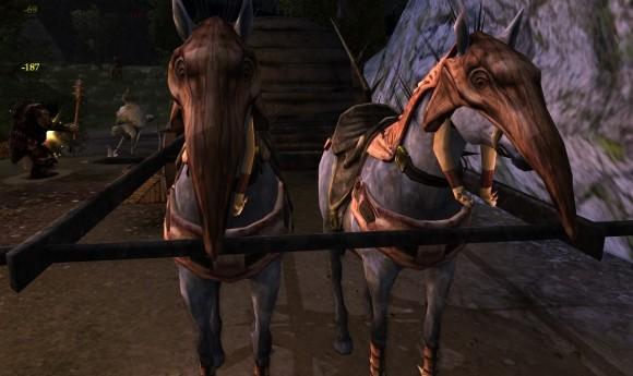 Cave-claw horses