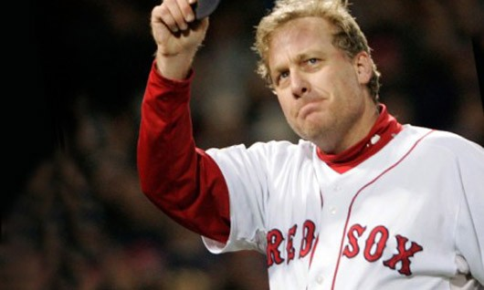 Curt Schilling auctions off baseball souvenirs to pay back debt