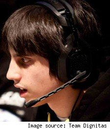 League of Legends pro player permabanned for jerkiness