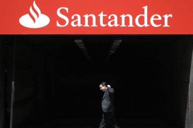 Santander doubles overdraft fees - AOL UK Money