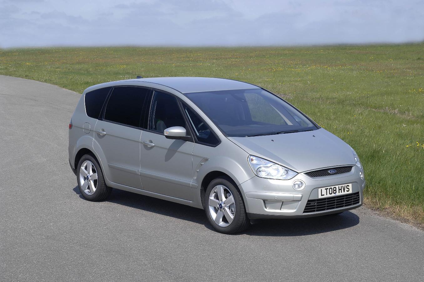 4. Ford S-Max Titanium TDCI at 20%