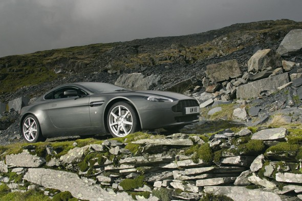 5. Aston Martin V8 Vantage