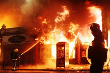 Reeves furniture store riots