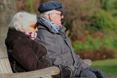 Elderly couple in St James' Park
