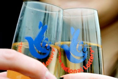 lottery shampagne glasses