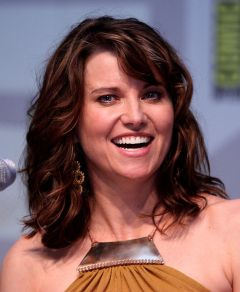 lucy lawless hunted the demons forge