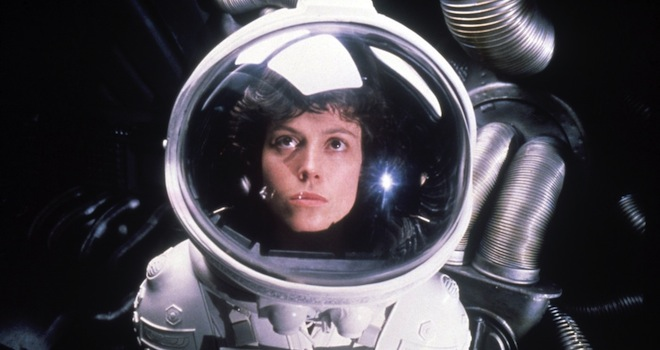 alien sigourney weaver 660 Sci Fi Movie Mistakes: 19 Slip Ups From Your Futuristic Favorites