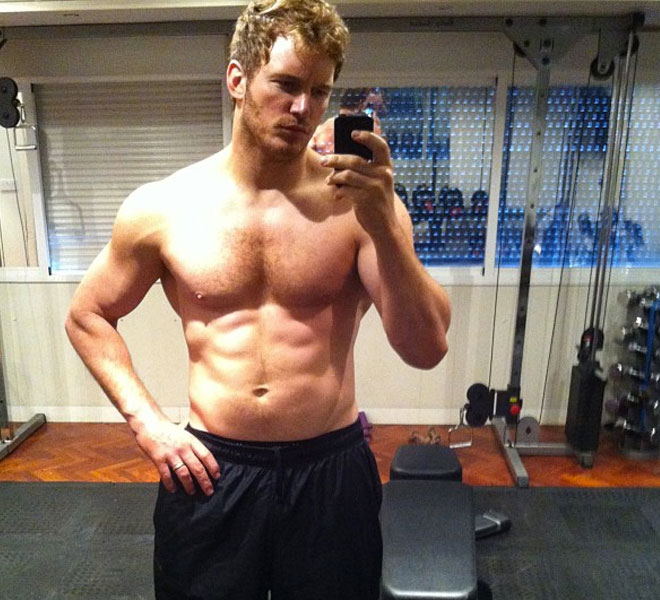 Chris pratt gets jacked for guardians of the galaxy shows off six