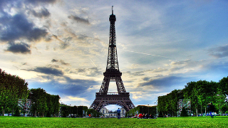top 10 local attractions in paris