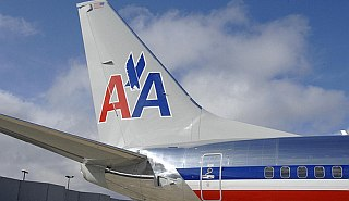 Suspected Thief Arrested on American Airlines Plane - AOL Travel News
