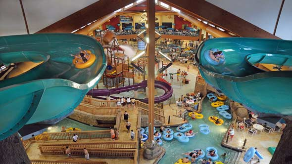 Indoor water parks aol travel news for Dells wilderness cabin