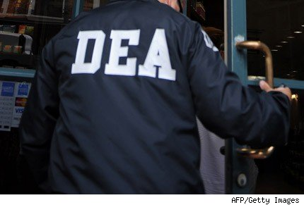 dea agente discriminacion