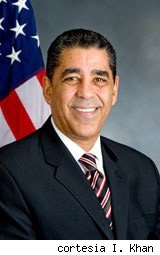 Adriano Espaillat 