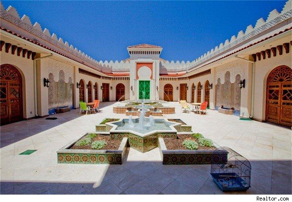House of the day live like a sultan in a moorish palace for Moorish homes