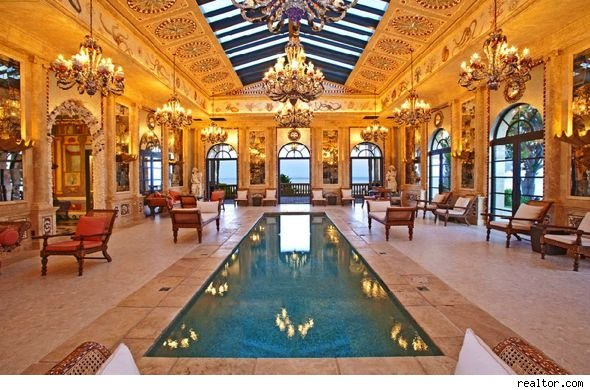 The gallery for rich people houses with pools for Homes for the rich