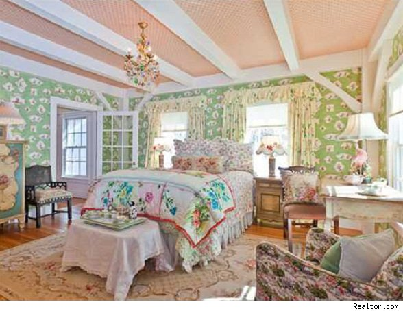 Kirstie Alley home