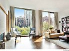 Jennifer Aniston May Be Buying Gramercy Park Apartment