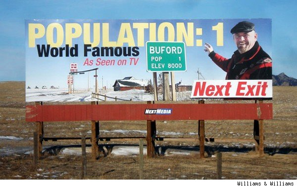 America 39 S Smallest Town Buford Wyo Sells For 900 000