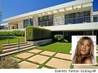 Jennifer Aniston Reportedly Sells Condos in NYC, Buys in Bel Air