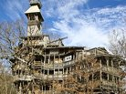 'World's Tallest Treehouse' Grew From a Divine Vision