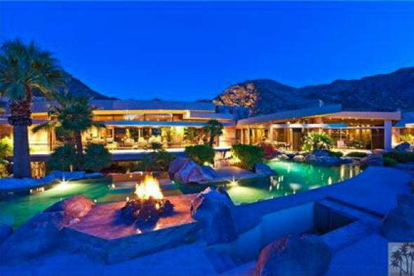 biggest mansion in the world 2012
