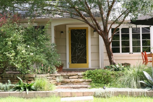Ranch house style spotlight for Ranch house front door