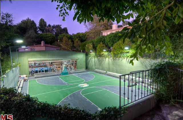 Mark Wahlberg S Beverly Hills Estate Room For The Entire