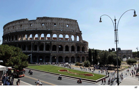 Rome Colosseum leaning