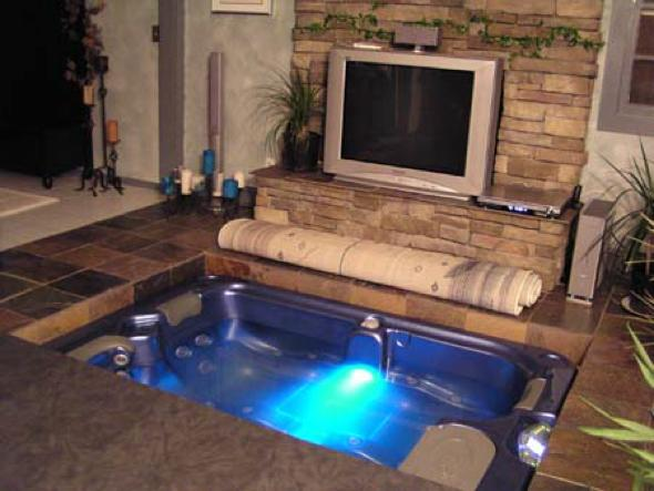 diy coolness a hot tub in the living room that 39 s how matthew cole