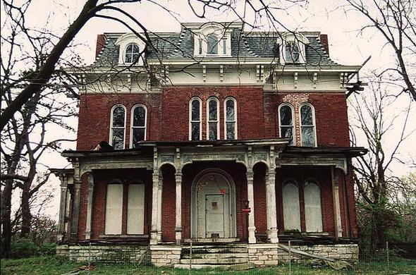10 haunted houses you wouldn 39 t want to live in