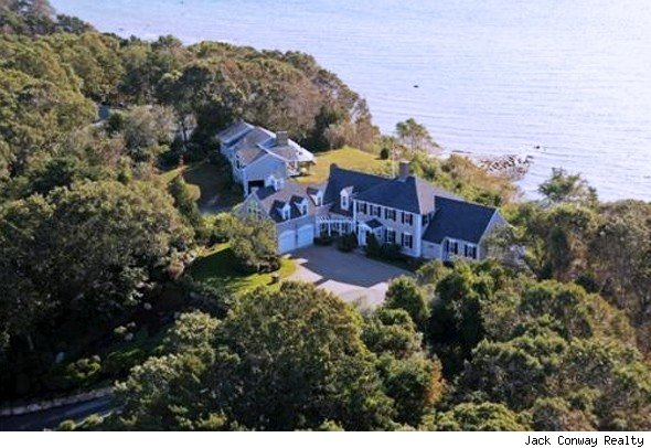 Colonial home for sale in Plymouth, Mass.