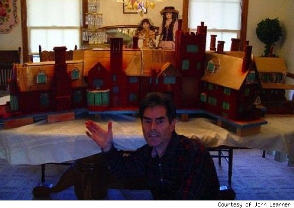 John Learner: gingerbread house creator.