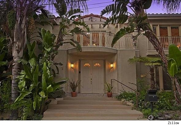 Anna Nicole Smith's Home Sold by Howard K. Stern