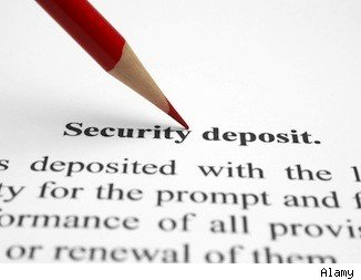 Security deposit refund clause in a lease agreement