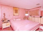 This Perfect Valentine's Day Home Is Pretty (Ugly?) in Pink