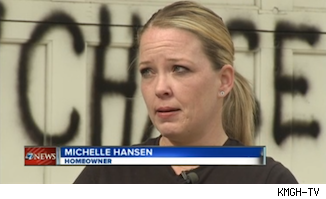 michelle hansen 1360439311 Michelle Hansen Tags Home With Message to Chase Bank: Youre Stealing My House
