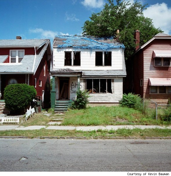 '100 Abandoned Houses' project photo shows one of the vacant Detroit homes.
