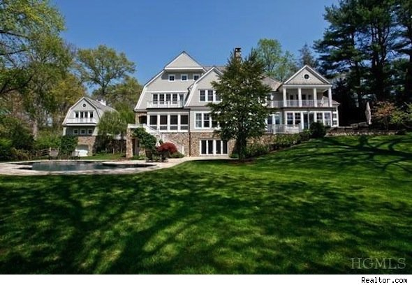 L a lakers coach mike d 39 antoni finally selling new york for Upstate new york houses