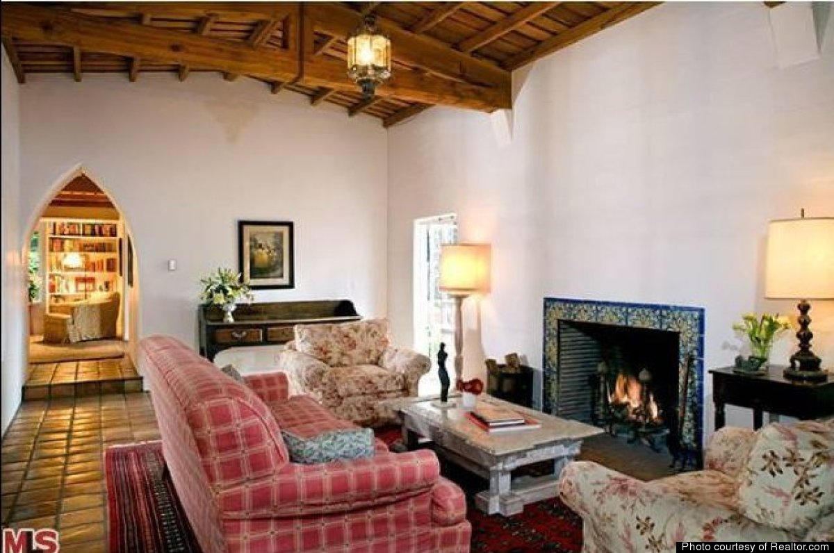 Inside marilyn monroe 39 s last home in brentwood california for The brentwood