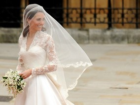 Kate Middleton Wedding Dress by Designer Sarah Burton for Alexander McQueen