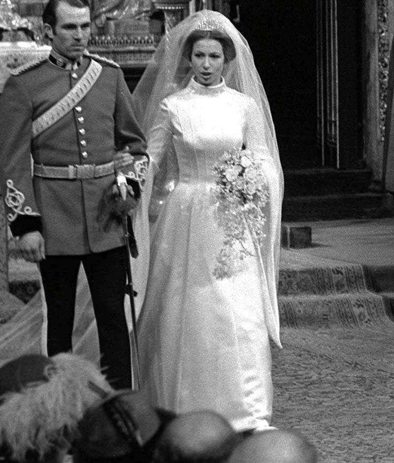 Princess Anne Wedding Dress Pictures : The princess royal anne of great britain