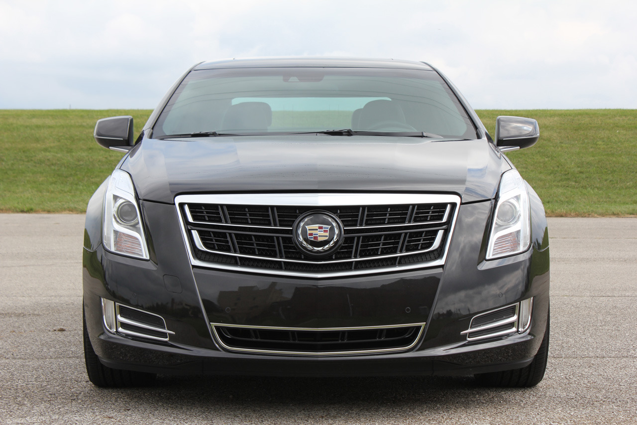 2014 cadillac xts vsport quick spin 04. Black Bedroom Furniture Sets. Home Design Ideas