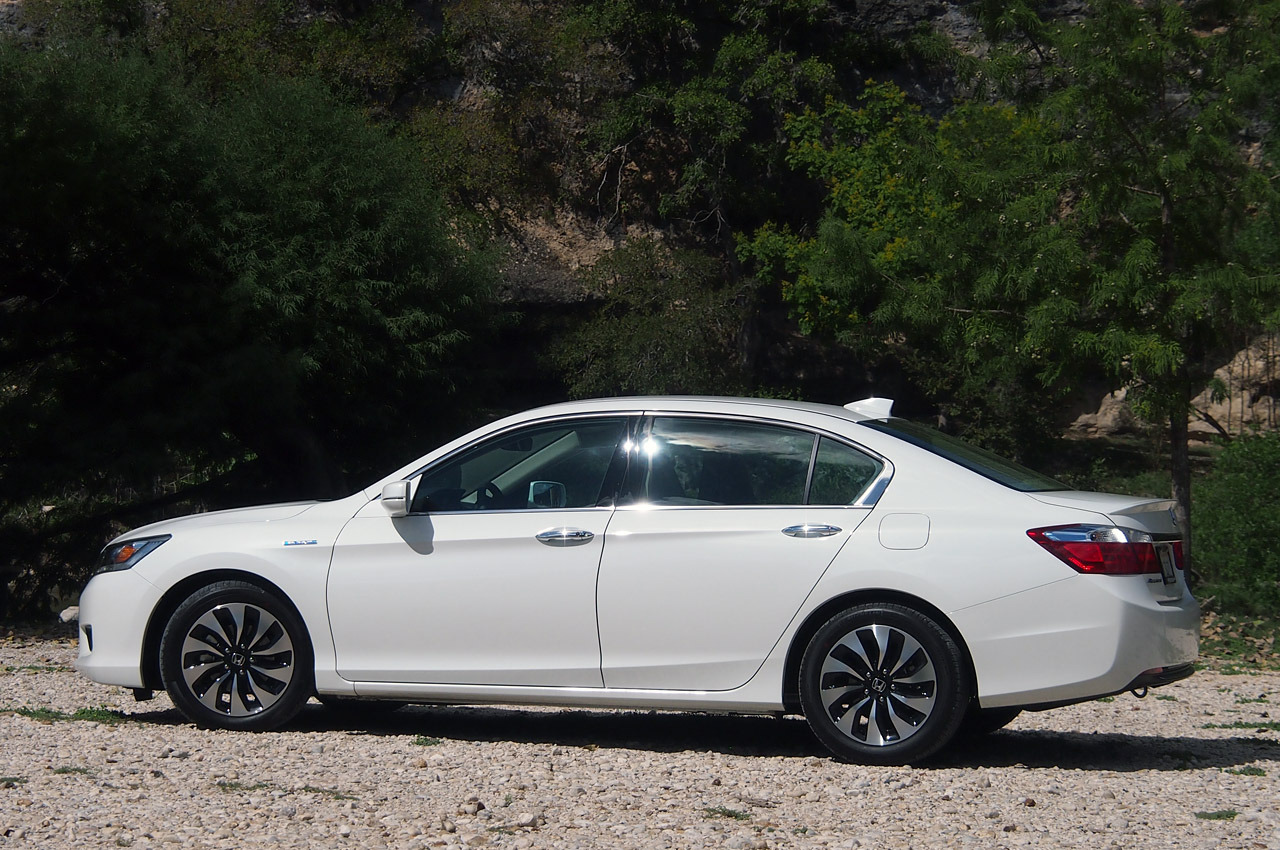 2014 honda accord hybrid review photo gallery autoblog - 2014 honda accord coupe review ...