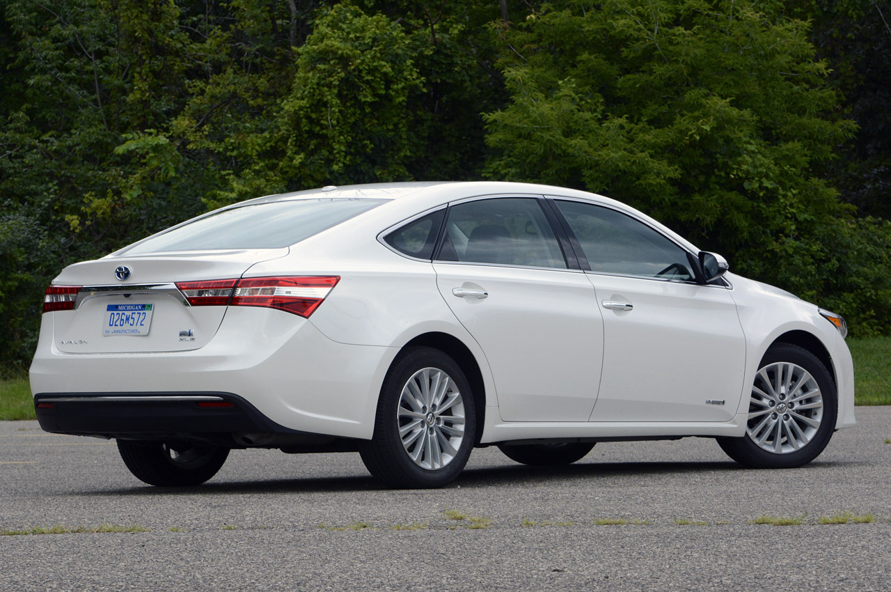 the car connection 2013 toyota avalon review ratings. Black Bedroom Furniture Sets. Home Design Ideas