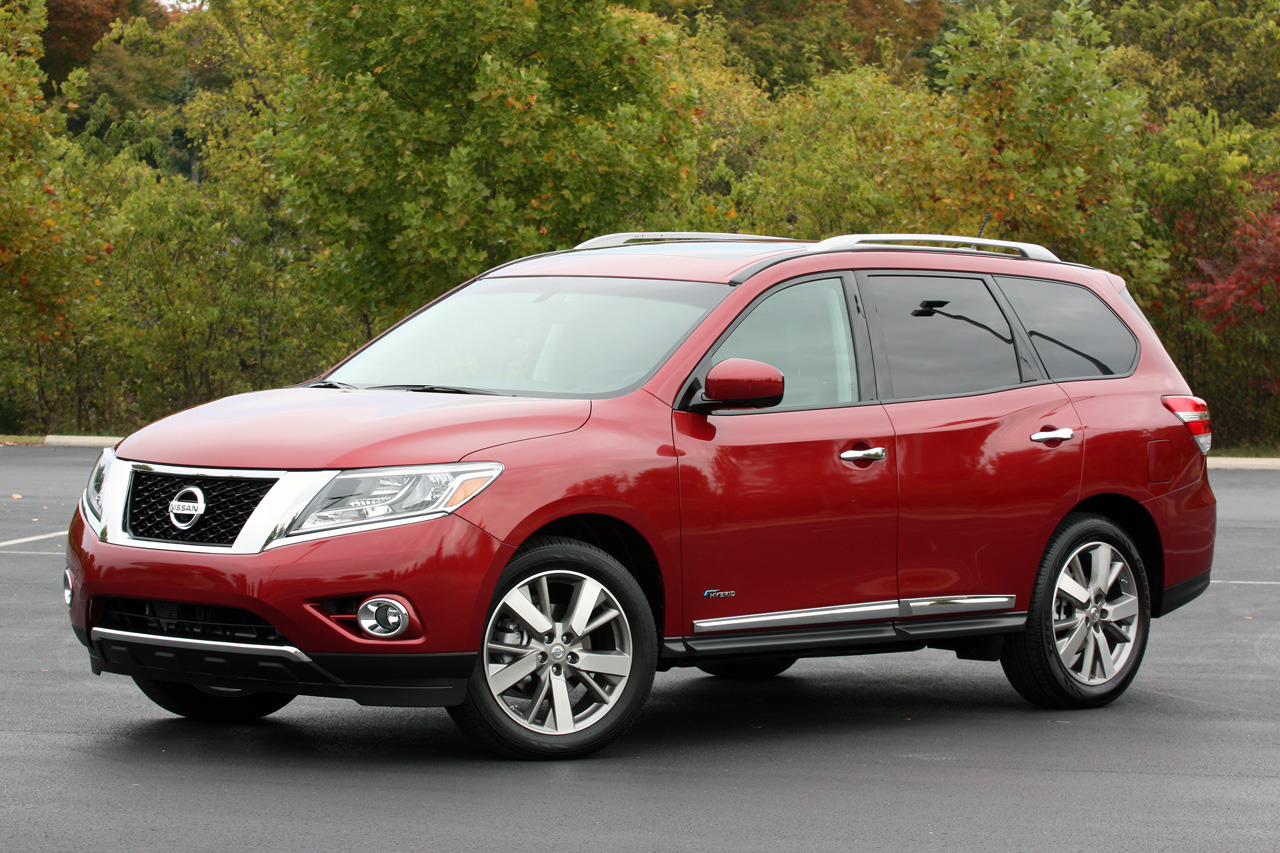 2014 nissan pathfinder hybrid quick spin photo gallery