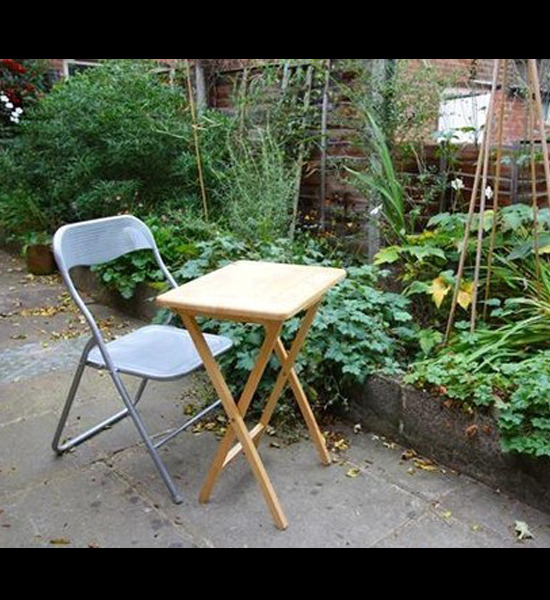 Terrible Real Estate Photos Fold Out Chair In Garden