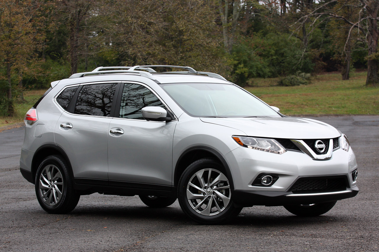 price article review reviews tester notes nissan sv at comes a base rogue of in with autoweek our car reaching