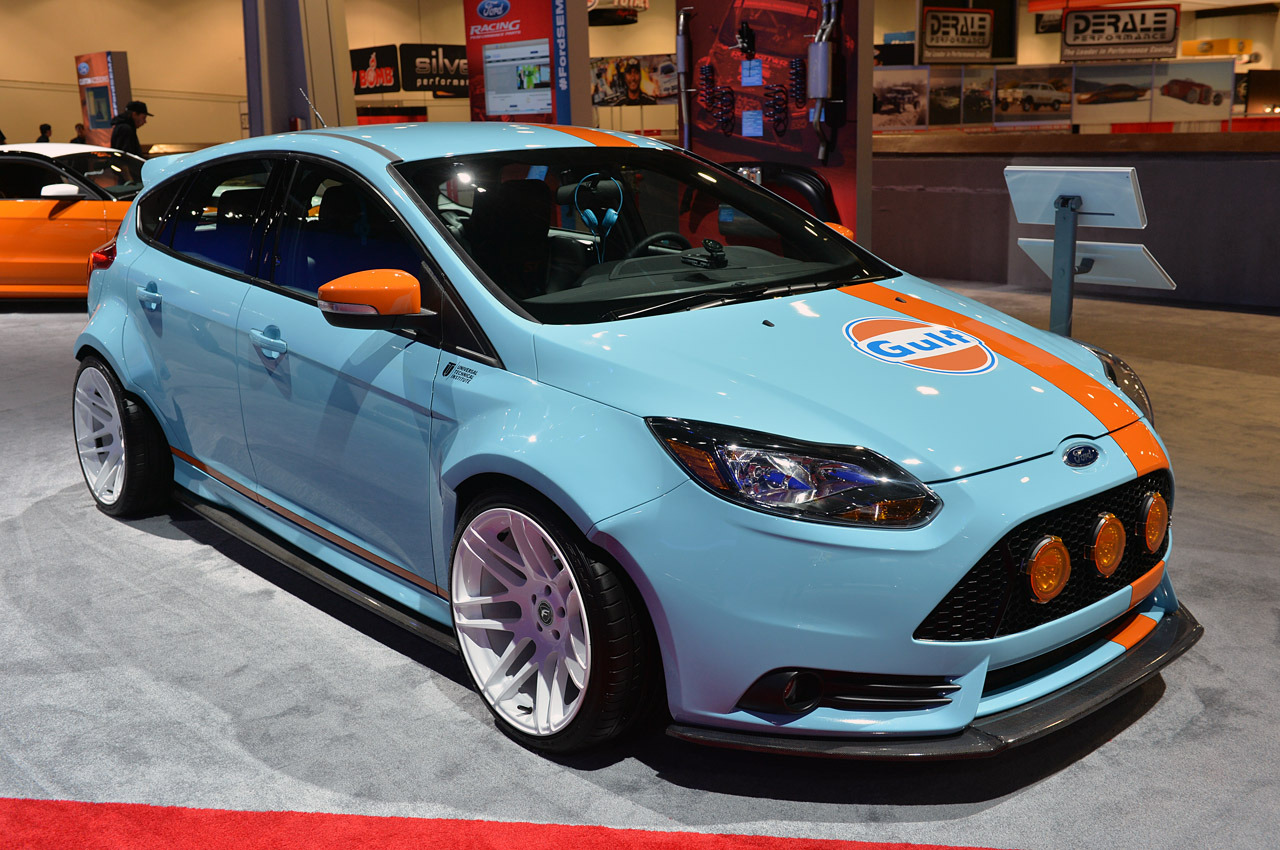 ford focus st customs sema 2013 photo gallery autoblog. Black Bedroom Furniture Sets. Home Design Ideas