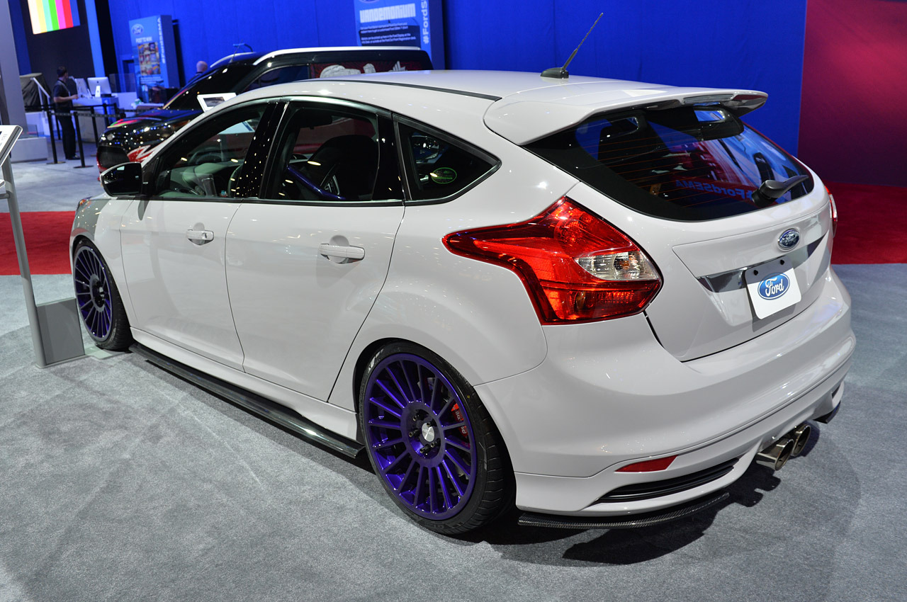 sema show 2013 ford focus st pm lifestyle dark cars wallpapers. Black Bedroom Furniture Sets. Home Design Ideas