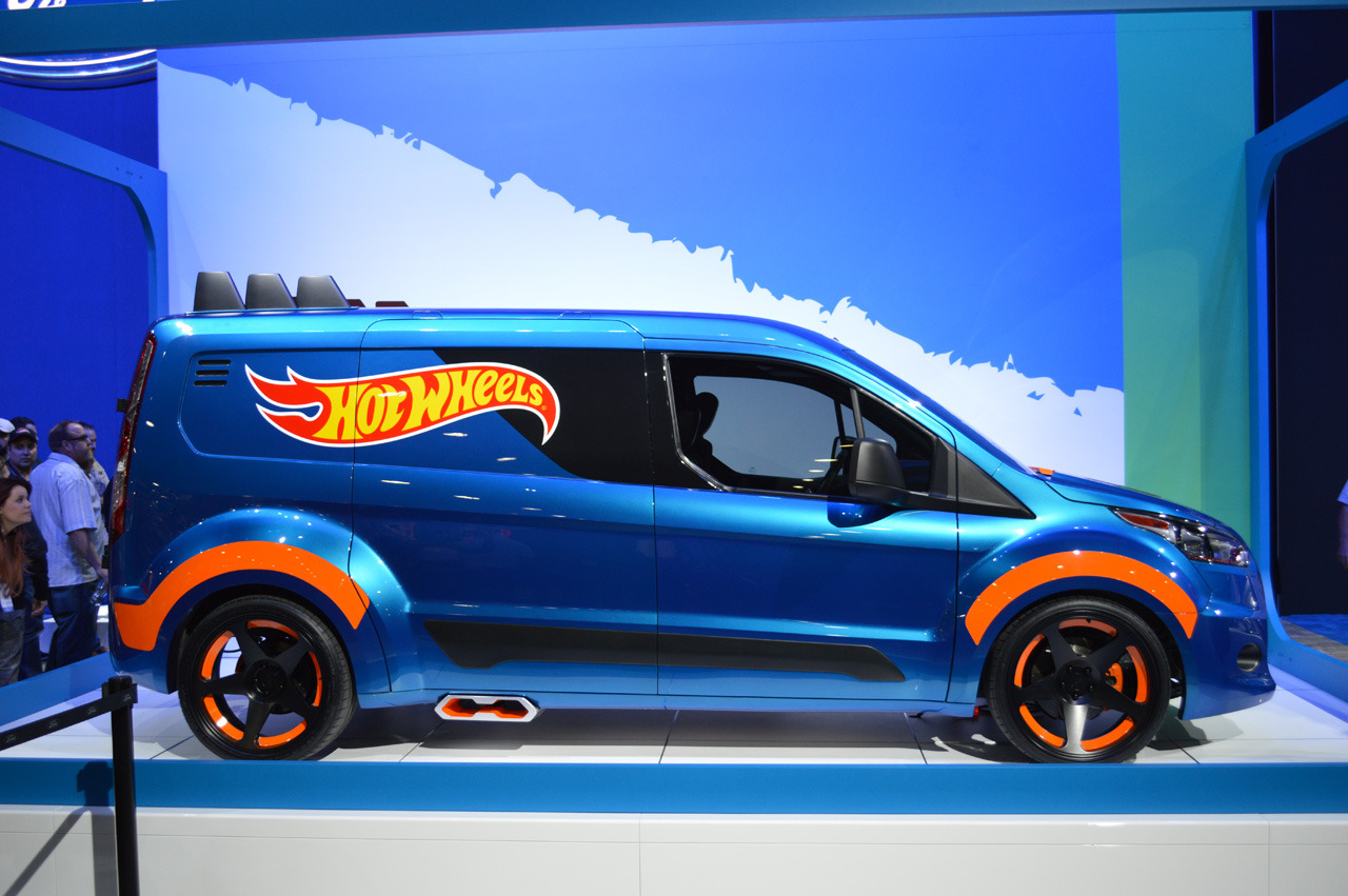 ford transit connect hot wheels sema 2013 photo gallery autoblog. Black Bedroom Furniture Sets. Home Design Ideas